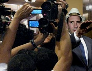 Matt Drudge Avoiding Reporters in the Courthouse Halls